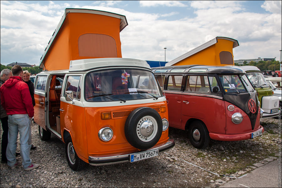 Старинные микроавтобусы Фольксваген